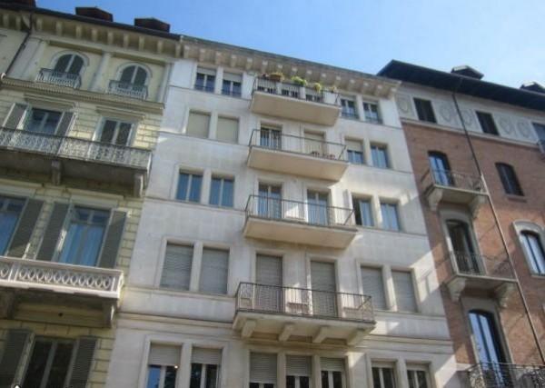 Appartamento in vendita a Torino Zona Crocetta Corso Re Umberto
