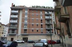Appartamento in venditaa Torino Zona Cit Turin Via Cialdini3
