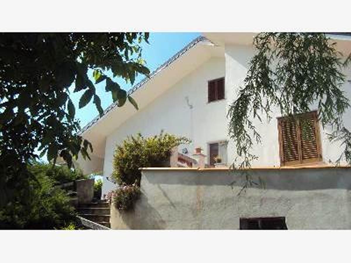 Villa in vendita a Berzano Di San Pietro Località Valle San Gervasio