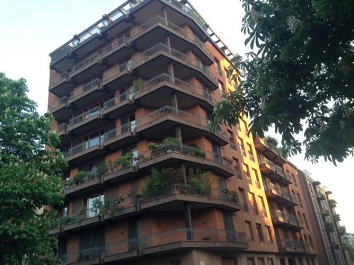 Appartamento in vendita a torino zona crocetta via for Affitto bilocale arredato torino crocetta