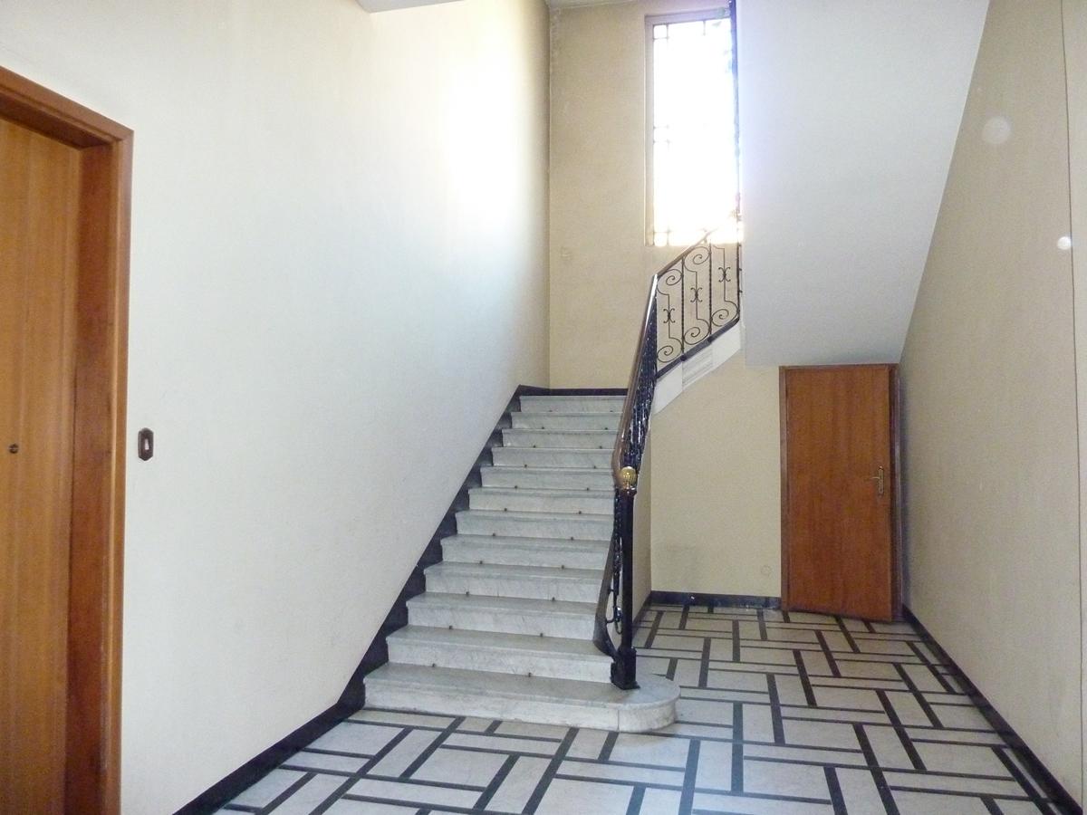 Ufficio in vendita a Torino Zona Pozzo Strada Via Beaulard