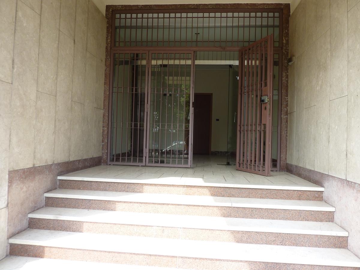 Ufficio in affitto a torino zona madonna di campagna via for Ufficio di campagna francese