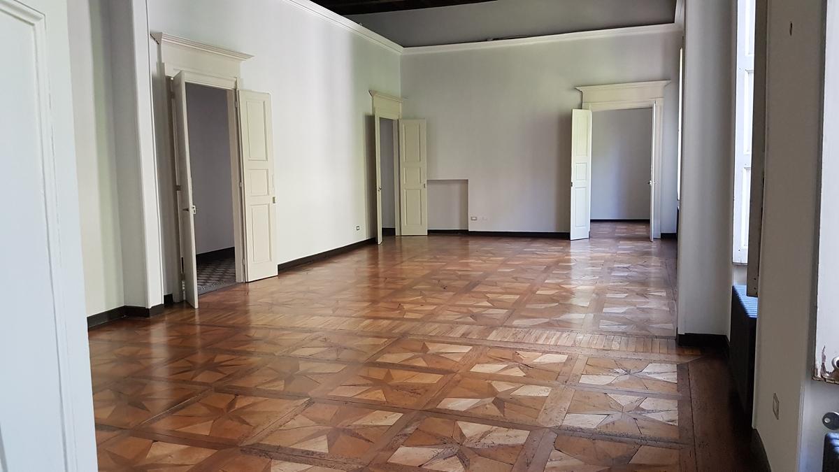 Ufficio In Affitto A Torino Zona Centro Via Stampatori Comecasa