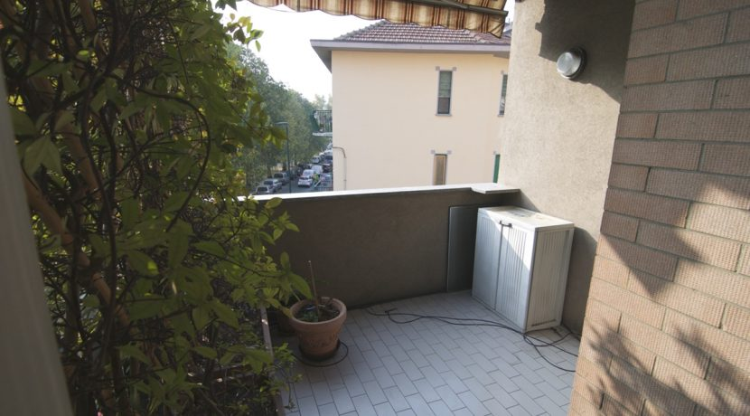 Vendita-Torino-Parella-TelesioTerrazzi e balcone 4