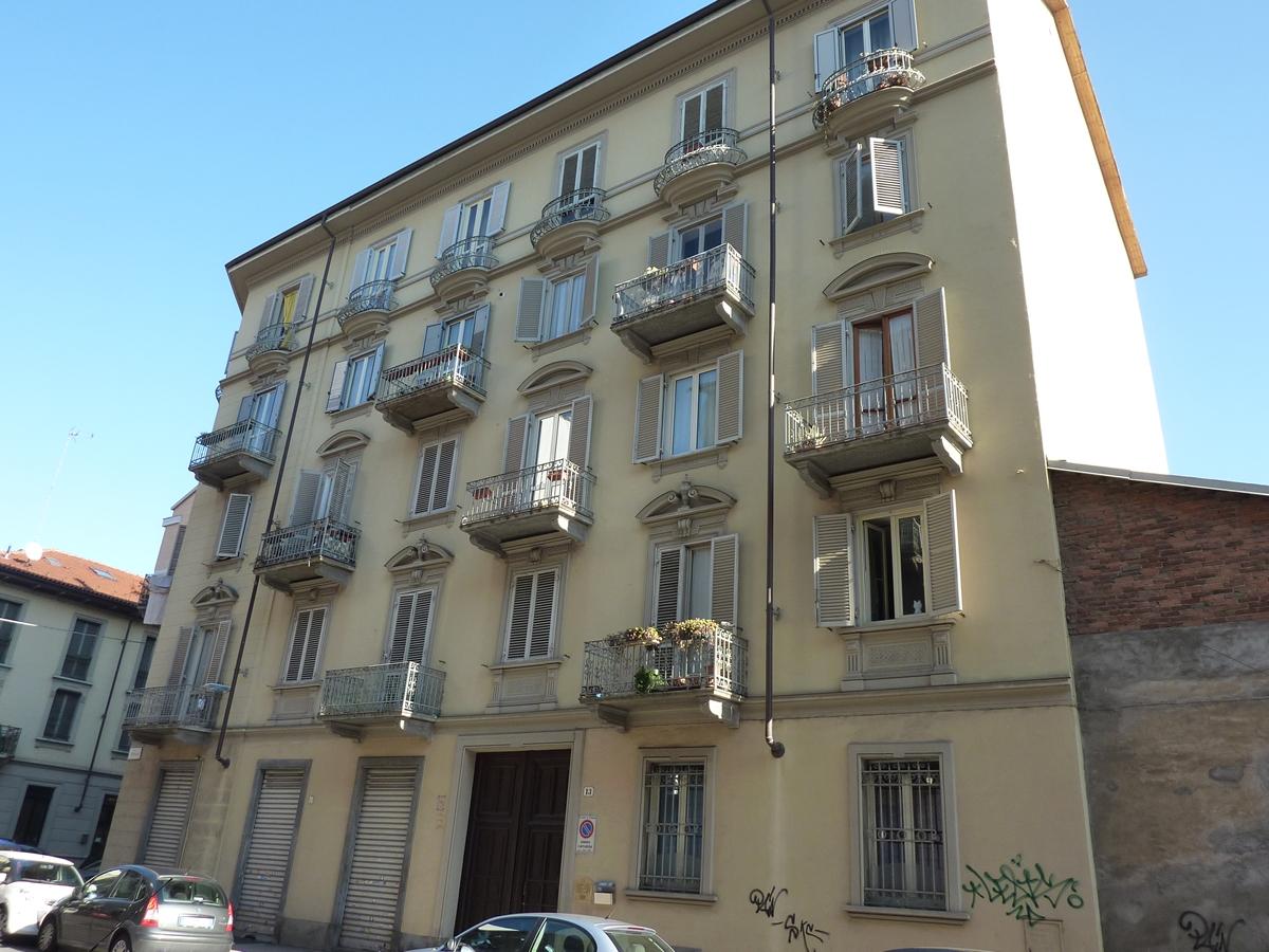 Appartamento in vendita a Torino Zona Pozzo Strada Via Cristalliera