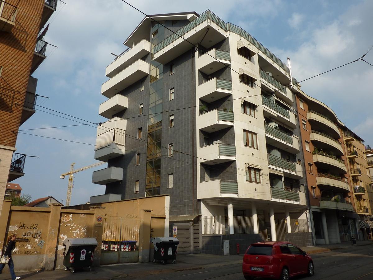 Box in vendita a Torino Zona Parella Via Nicomede Bianchi