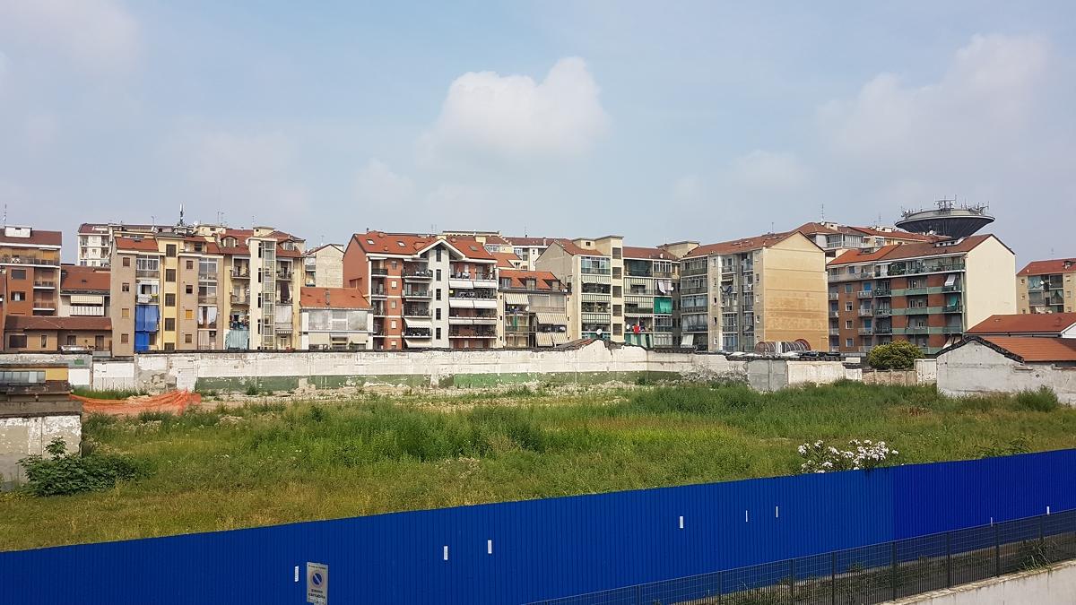 Appartamento in affitto a torino zona parella via v for Affitto collegno arredato